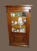 Книжный шкаф антикварный. Конец XIX века