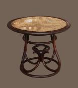 Старинный венский стол